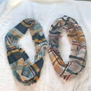 2 plaid infinity scarves
